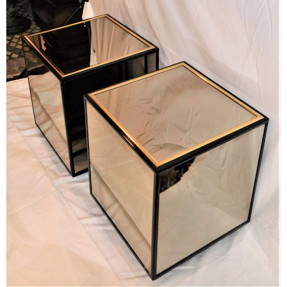 vintage-henredon-black-lacquer-and-brass-mirrored-cube-tables-a-pair-9377