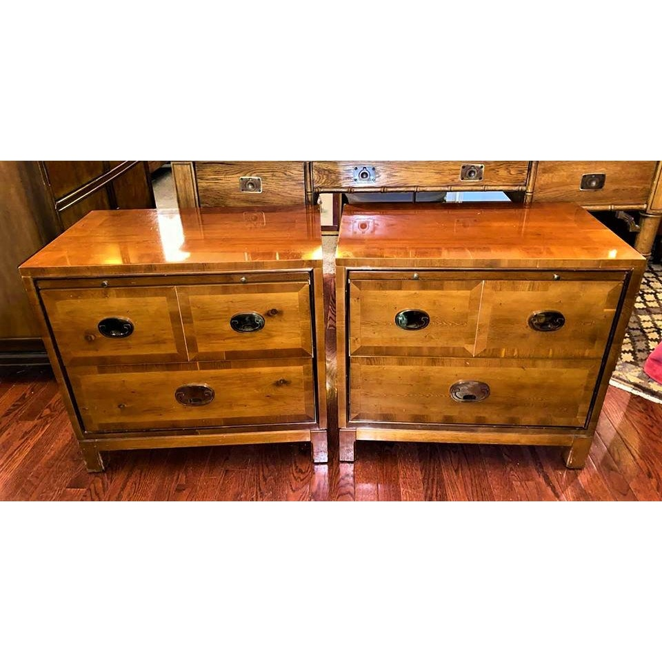 hickory-manufacturing-co-chinoiserie-campaign-nightstands-a-pair-0934
