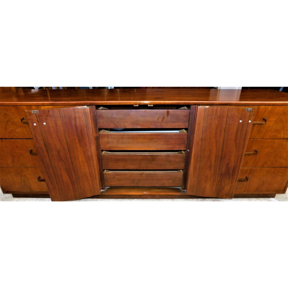 milo-baughman-for-founders-furniture-credenza-6258