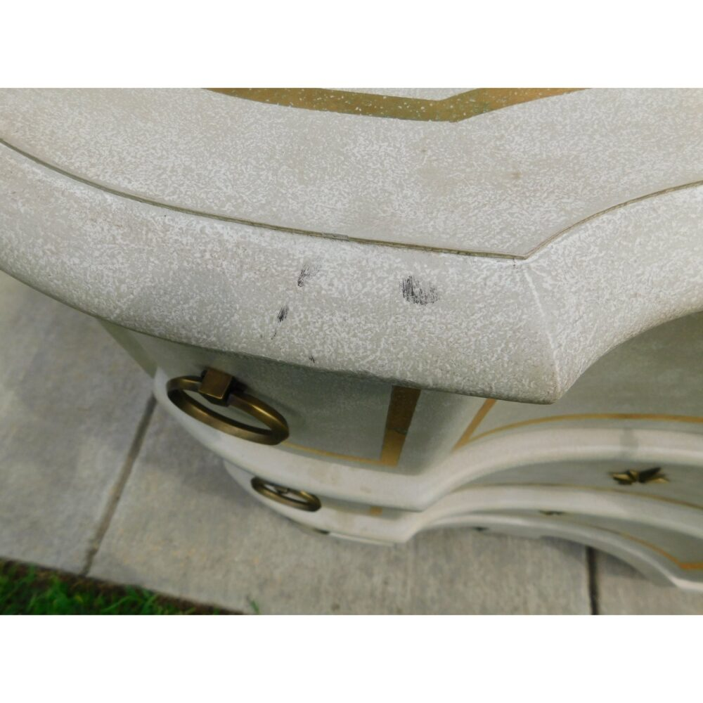 modern-history-furniture-venetian-commode-0342