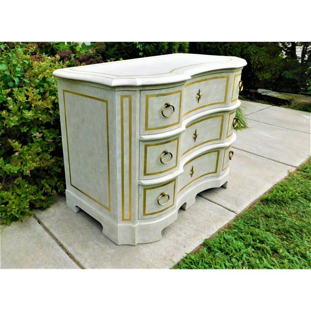 modern-history-furniture-venetian-commode-7551