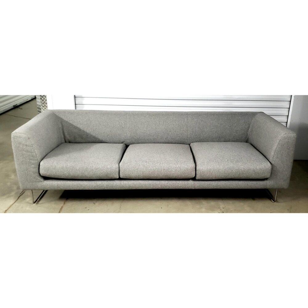 elan-sofa-by-jasper-morrison-for-cappellini-5348