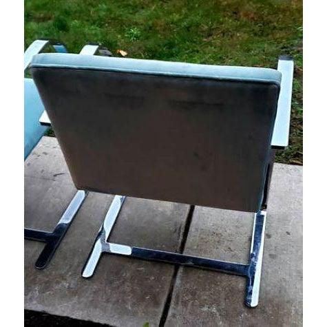 40-knoll-flat-bar-brno-chairs-by-ludwig-mies-van-der-rohe-3483