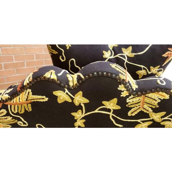 english-traditional-embroidered-upholstery-daybeds-a-pair-8857