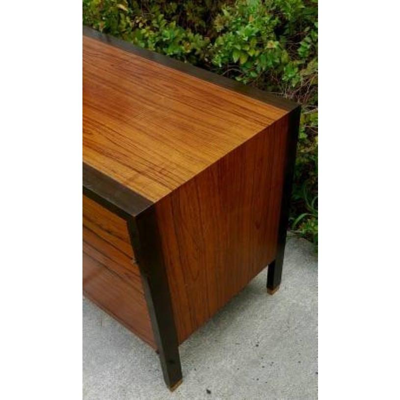 mid-century-modern-harvey-probber-mahogany-and-rosewood-cabinet-9998